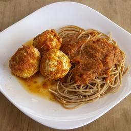 Almôndegas de Frango com Espaguete Integral ao Sugo
