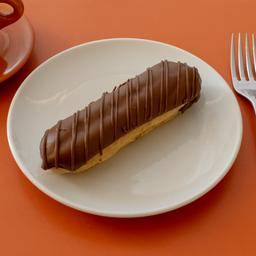 Eclair de Chocolate