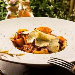 Espaguete com Ragu de Costela