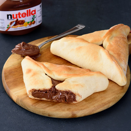 Esfiha fechada Nutella