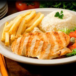 Filet de frango grelhado com arroz e fritas