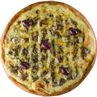 Pizza de Filé aos Quatro Queijos.
