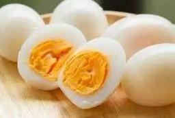 6 Ovos Cozidos com Brócolis