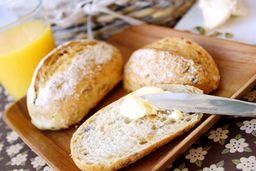 Pão Integral com Manteiga - Unidade