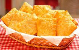 Pastel de Carne e Queijo - 2 Unidades