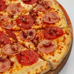 Pizza de Meat & Bacon - Brotinho