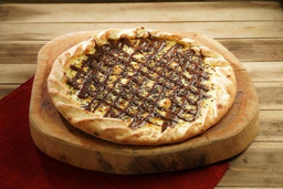 Pizza Média de Chocolate