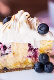 Fatia de Cheesecake de Limão Siciliano com Blueberry