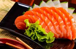 Sashimi de salmão (10 fatias)