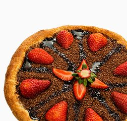 Mini pizza chocolate com morango