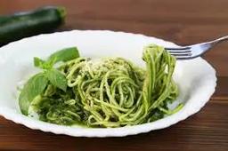 Espaguete Vegetariano com porpeta