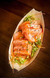 Sashimi de Salmão Maçaricado