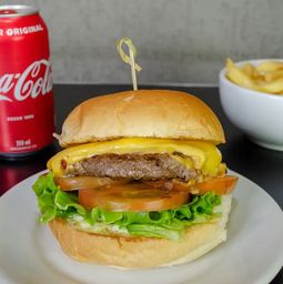 Combo X-Salada (coca + fritas)