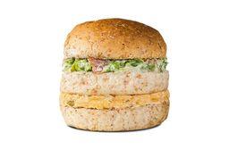 Sanduíche de Frango com Salada
