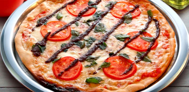 Logo Pizzaria Monte Vero
