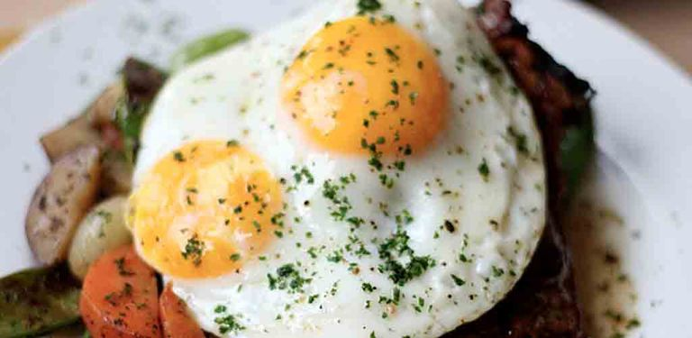 Logo Eggs Comfort Food