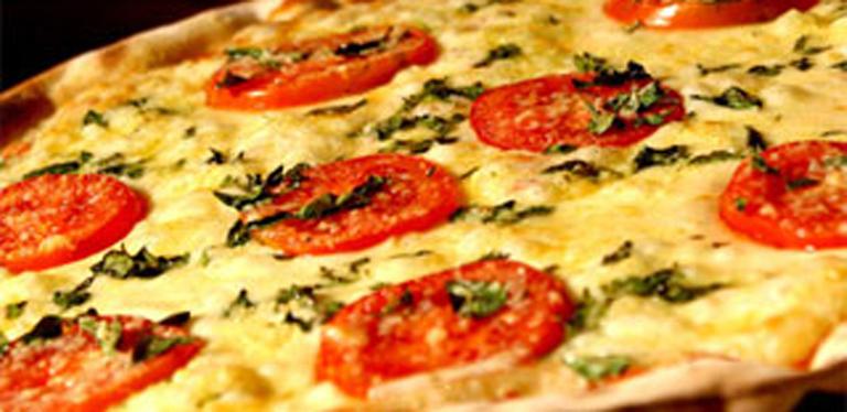 Logo Pizzaria Monte Verde