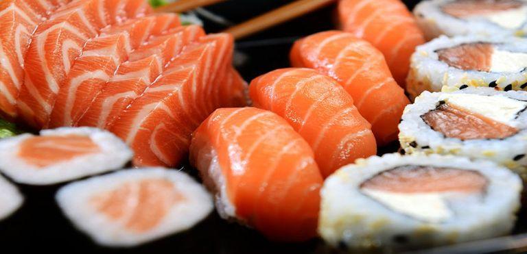 Logo MW Sushi