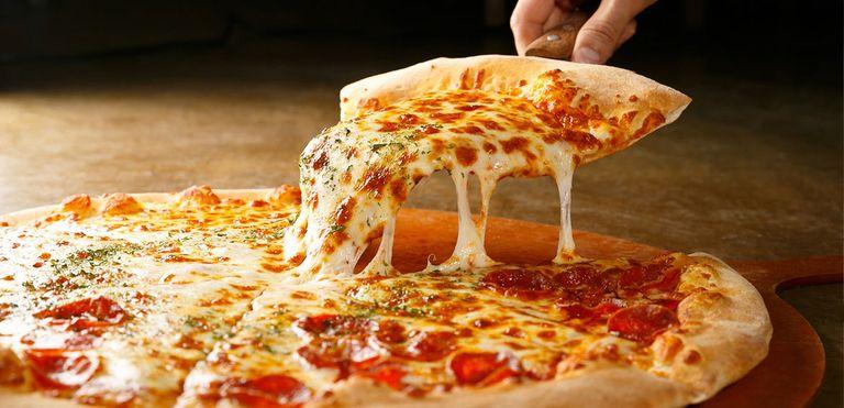 Logo Pizzaria Mada.