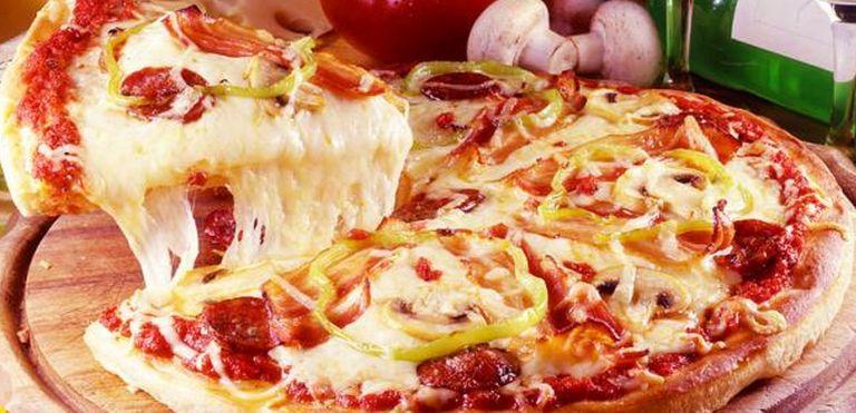 Logo Top Pizza