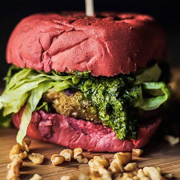 Logo Veggie Raw Burger N Bar